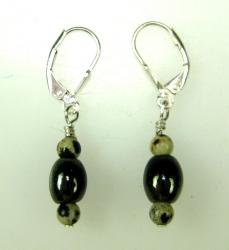 Earings sterling silver wire with black beads