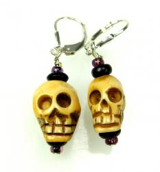 Earings sterling silver wire with bone skulls
