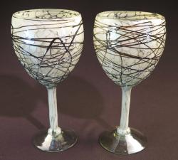 Wine glass hand blown 14oz White Confetti w Chocolate swirls 2